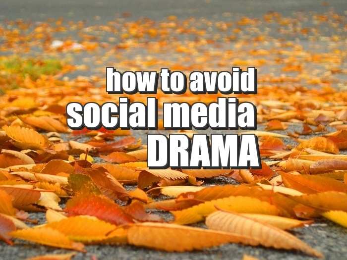 how-to-avoid-social-media-drama-infobunny