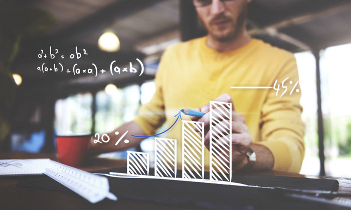 The importance of digital marketing for small businesses - man creating a graph